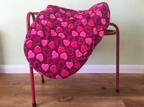 MAXIMA FLEECE SADDLE COVER PINK HEARTS