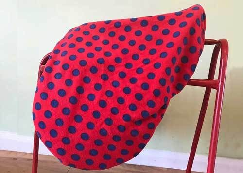 MAXIMA FLEECE SADDLE COVER - RED NAVY SPOT