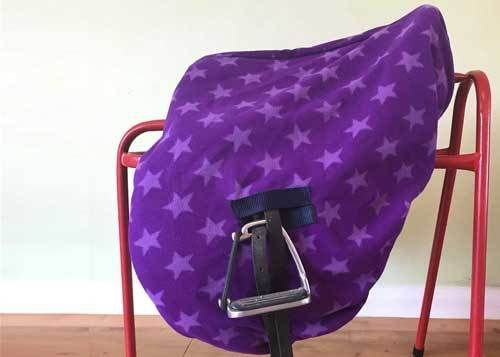 MAXIMA FLEECE RIDE-ON SADDLE COVER - PURPLE STAR